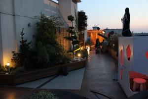 Zdjęcia do programu Maja w ogrodzie. Ogród na dachu. Oświetlenie LED i RGB LED.